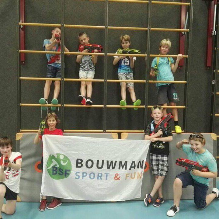 Lasergame activiteit kinderfeestje Drenthe Groningen gymzaal